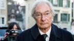 Der Angeklagte Rolf Erb auf dem Weg ins Zürcher Obergericht.