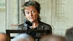 Bunbdesrätin Eveline Widmer-Schlumpf entschuldigt sich am 10. September 2010 offiziell bei allen Versorgten für erlittenes Leid.