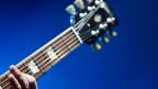 Gegen 200 Arbeitsstunden stecken in einer Gitarre von Claudio Pagelli.