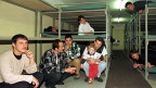 Eine Notunterkunft für Flüchtlinge im Tessin. Inzwischen haben sich auch im Kanton Tessin Private angeboten, Flüchtlinge zu beherbergen.
