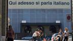 Im August 2006 hing am Bundeshaus, das vor einem Umbau stand, ein Transparent, welches die italienische Sprache postulierte.