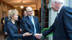 Finanzministerin Eveline Widmer-Schlumpf und ihr französischer Amtskollege Pierre Moscovici in Bern.