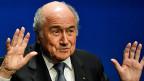 Das Ziel: Banken sollen genauer prüfen, ob die Gelder der Sportfunktionäre sauber sind - auch bei Fifa-Chef Sepp Blatter.