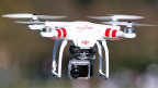 Drohnen haben grosses Potential im zivilen Bereich, etwa, um Stromleitungen abzufliegen oder ein Katastrophengebiet zu überblicken.