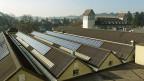 Private BesitzerInnen kleiner Photovoltaik-Anlagen sollen ab 2015 mit einer einmaligen Vergütung aus dem KEV-Topf rechnen können.