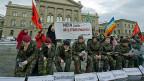 Die GSoA, wie man sie kennt: Demonstration für die «Aufhebung der allgemeinen Wehrpflicht» im Dezember 2012 in Bern.