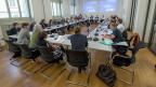 Runder Tisch der Konferenz der Kantonalen Sozialdirektorinnen und Sozialdirektoren während der Sitzung für die Opfer fürsorgerischer Zwangsmassnahmen.