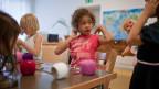 Die ABB hat über 15 Kinderkrippen und verspricht sich davon einen Wettbewerbsvorteil auf dem Arbeitsmarkt.