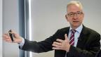 NZZ-Verwaltungsratspräsident Etienne Jornod. Er ist mit Schuld daran, dass in letzter Zeit kein Tag vergeht, ohne dass die NZZ Schlagzeilen macht.