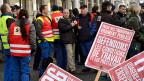 Bereits im November wurde in Genf gestreikt: Die Angestellten von TPG, Transports Publics Genevois, im Depot de la Jonction.