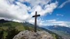 In der Schweiz kommt der sogenannte «Blasphemie-Artikel» selten zur Anwendung. 2012 etwa wurde ein Bergführer verurteilt, weil er in den Bergen Gipfelkreuze beschädigte und sich so gegen religiöse Symbole wehren wollte.