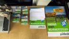 Plakate und Flyer zur Initiative «Energie- statt Mehrwertsteuer» der GLP.