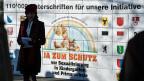 Auf dem Bundesplatz werden am 17. Dezember 2013 110'000 Unterschriften eingereicht – zum Schutz vor Sexualisierung in Kindergarten und Primarschule. Tabus und Prüderie seien kein Schutz vor Übergriffen, sagt dazu etwa SP-Nationalrätin Martina Munz.