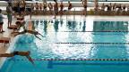 Eine Studie der Hochschule Luzern hat festgestellt, dass die meisten Hallenbäder defizitär seien - ein durchschnittliches Bad decke mit den Eintrittsgeldern bloss zwischen 30 und 50 Prozent seiner Betriebskosten.