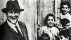Jakob Künzler (1871-1949) war ein Schweizer Zimmermann, evangelischer Diakon und Missionar, Krankenpfleger, Laienarzt, Arzt, Retter und Betreuer Tausender armenischer Waisen und Witwen während und nach dem Völkermord an den Armeniern im Osmanischen Reich und im Libanon.