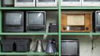 Die alten, analogen Fernseh- und Radiogeräte haben  ausgedient.