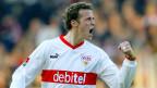 Ausgespielt: Fast 500 Profi-Spiele und 195 Tore sind genug. Marco Streller in Aktion beim deutschen Erstliga-Fussballspiel zwischen VfB Stuttgart und Werder Bremen in Stuttgart am 28. März 2004.