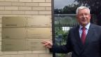 Martin Dahinden. Der Schweizer Botschafter in Washington muss beim Eingang der Schweizer Botschaft das Schild entfernen, auf dem steht, dass die Schweiz auch die Interessen Kubas vertrete.