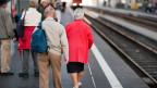 Immer mehr alte Menschen haben Anspruch auf Rente.
