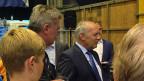 Die Zürcher FDP gibt sich selbstbewusst. Zum Wahlkampfauftakt hat sie die Basis und die Kandidierenden in eine Werkhalle geladen – und Wirtschaftsminister Johann Schneider-Ammann gleich mit dazu.