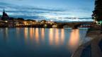 Auch wenn die Region Basel von einer neuen Brücke proftieren würde – Basel wird kaum bereit sein, sich von der Mittleren Rheinbrücke zu trennen, einem der Wahrzeichen der Stadt.