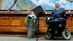 Rund 15 Prozent der Schweizer Bevölkerung lebt mit einer Behinderung, zwei behinderte Politiker sitzen aktuell im Parlament.  Rund 15 Prozent der Schweizer Bevölkerung lebt mit einer Behinderung, zwei behinderte Politiker sitzen aktuell im Parlament. iner von ihnen ist CVP-Nationalrat Christian Lohr aus dem Kanton Thurgau.