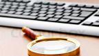 In wenigen Sekunden durchforstet eine schlaue Computersoftware Verträge, analysiert frühere Schadenfälle und trägt Informationen über den Versicherten zusammen.