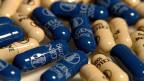Das US-Pharma-Unternehmen «Celgene» bringt seine Pillen gegen Blutkrebs und Schuppenflechte von Boudry aus weltweit in den Vertrieb. Rund 7000 Leute arbeiten für Celgene, davon über 700 in der Schweiz.
