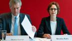 Heinz Karrer und Monika Rühl an der Jahres-Medienkonferenz von Economiesuisse.