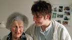 4000 Franken brutto im Monat bei einem Vollzeitpensum als Pflegehelferin in einem Alters- und Pflegeheim: «Wenn ich denke, wie viel von mir, dass ich gebe in diesem Beruf, dann ist das definitiv zu wenig», sagt eine Pflegehelferin.