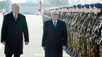 Er hoffe, sagte der tunesische Präsident Essebsi, dass dieser Besuch die Beziehungen zur Schweiz weiter vertiefe. Der 89-Jährige meinte vor allem die wirtschaftlichen Beziehungen – aber auch die blockierten Gelder von Ex-Diktator Ben Ali.