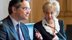 Susanne Leutenegger Oberholzer, Präsidentin der Wirtschaftskommission des Nationalrats  und Vizepräsident Olivier Feller informieren über die Beschlüsse ihrer Kommission zur Unternehmenssteuerreform III.