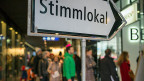 In Scharen zogen Schweizerinnen und Schweizer an die Urnen:  63 Prozent Wahlbeteiligung - die vierthöchste aller Zeiten.