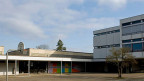 Der Handschlag-Entscheid der Schule in Therwil ist umstritten.