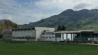 Ehemaliges Gebäude der MilSich (Militärische Sicherheit) in Seewen (SZ). Hier soll das Ausreiszentrum hinkommen, wo 340 Asylbewerber auf ihren Entscheid, bzw die Ausschaffung warten.