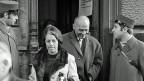 Im Nachlass des jüdischen Funktionärs und Anwalts Georges Brunschvig finden sich Tonbandaufnahmen der Gerichtsverhandlung im Dezember 1969 in Winterthur. Bild: Der Anwalt Georges Brunschvik und seine Frau beim Verlassen des Bezirksgerichts in Winterthur; er vertrat den israelischen Sicherheitsmann Rachamin Mordechai.