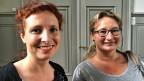 Angela Mattli, Kampagnenleiterin bei der Gesellschaft für bedrohte Völker (links) und Sandra Gerzner, Fahrende.