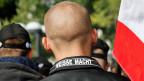 Teilnehmer einer Demonstration von Rechtsextremisten in Berlin (Symbolbild). Am 15. Oktober 2016 besuchten ca. 5000 Menschen in Unterwasser, Kanton St. Gallen ein Neonazi-Konzert mit mehreren Bands.