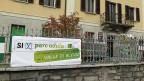 «Für Wirtschaft, Tourismus, Landwirtschaft, für das Bleniotal: Ja zum Parc Adula», empfiehlt ein Plakat. Nicht alle sind dieser Ansicht – auch die Bürgermeisterin nicht.