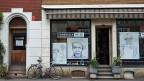 Im Basler St. Johann-Quartier, zwischen zwei Coiffeur-Salons, ist das Büro des Schwarzen Peters, des Vereins für Gassenarbeit. Hier landen früher oder später die meisten, die kein Dach über dem Kopf haben.