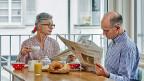 Während Schweizerinnen und Schweizer immer älter werden, werfen die angelegten Pensionskassengelder an den Finanzmärkten kaum noch etwas ab. Was ist zu tun, damit die Renten insgesamt nicht kleiner werden?