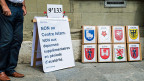 Kisten mit gesammelten Unterschriften der SVP-Initiative gegen das Islam-Zentrum der Uni Freiburg.