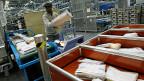 Heute ist es so, dass die Post für Grosskunden Rabatte auf Produkten ausserhalb des Monopolbereichs gewähren kann, wenn der Kunde gleichzeitig ein Produkt innerhalb des Monopols einkauft. Das benachteiligt private Postanbieter.