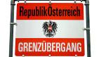 Die Landesgrenze, die mitten durchs Rheintal führt, ist eine Barriere. Trotzdem ist man einander zugetan. Das zeigte – vor rund 100 Jahren – auch eine Abstimmung: Die grosse Mehrheit der Vorarlbergerinnen und Vorarlberger wollten der Schweiz beitreten.