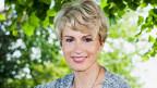 Catherine McMillan wurde 1961 in Schottland geboren und wuchs in den USA auf. Sie studierte in Montpellier, Strassburg, Heidelberg, Tübingen und Richmond Theologie.
