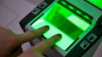 Die Schweiz unterstützt den Aufbau einer digitalen Datenbank für Fingerabdrücke. Symbolbild.