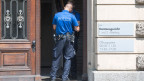 Die Polizei sichert das Kantonsgericht Luzern ab, wo die Gerichtsverhandlung zum «Fall Malters» des Bezirksgericht Kriens stattfindet.