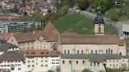 Der Churer Hof, Sitz des Bischofs Vitus Huonder, und die Kathedrale St. Maria Himmelfahrt in Chur.