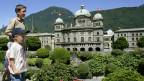 Swissminiatur in Melide, Tessin, die Reproduktion des Bundeshauses in Bern im Massstab 1:25.