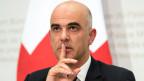 Auch bei einem Nein sei es die Pflicht des Bundesrates, die Schweiz zu regieren, sagt Bundesrat Alain Berset.